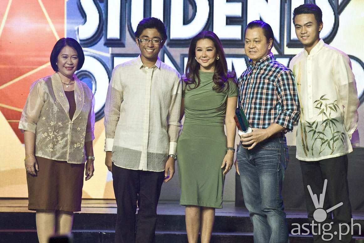 Korina and Noli received the Best News Program award for TV Patrol during the 10th USTv Awards
