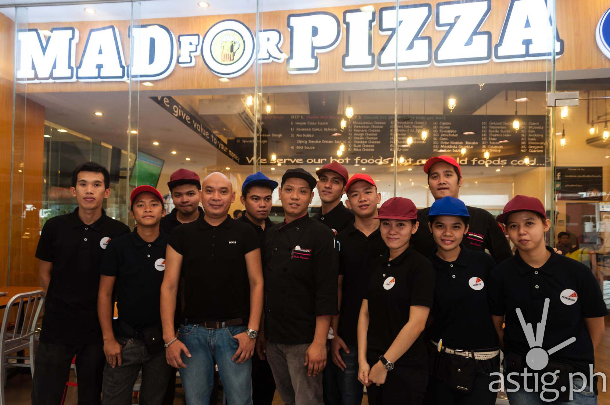 Mad for Pizza servers use names of ingredients as alias such as Pepper, Olives, Oregano, etc