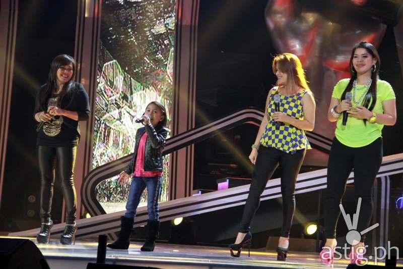 Lyca performing Basang Basa sa Ulan with Aegis