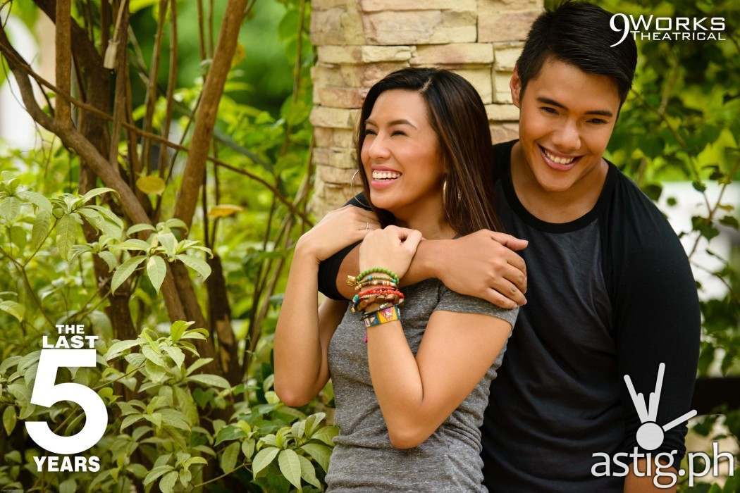 Nikki Gil and Joaquin Valdes in 'The Last Five Years' by 9Works Theatrical
