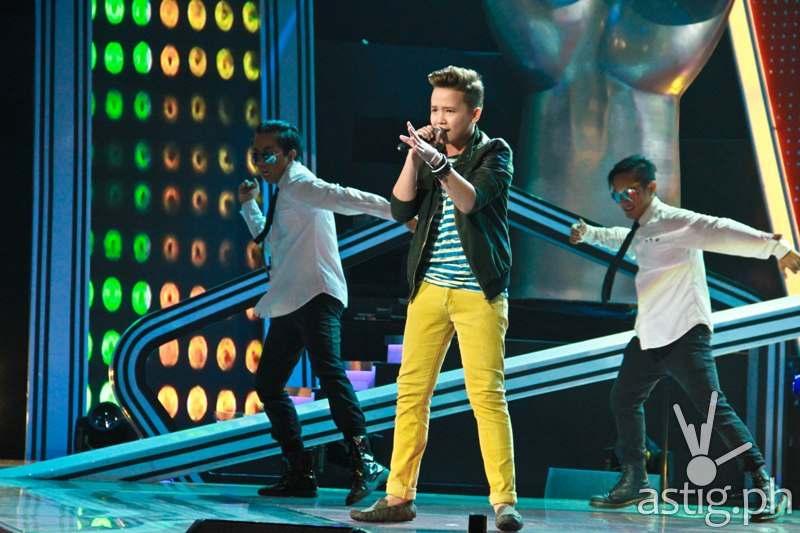 Team Bamboo's Juan Karlos (Upbeat Song performance) (2)