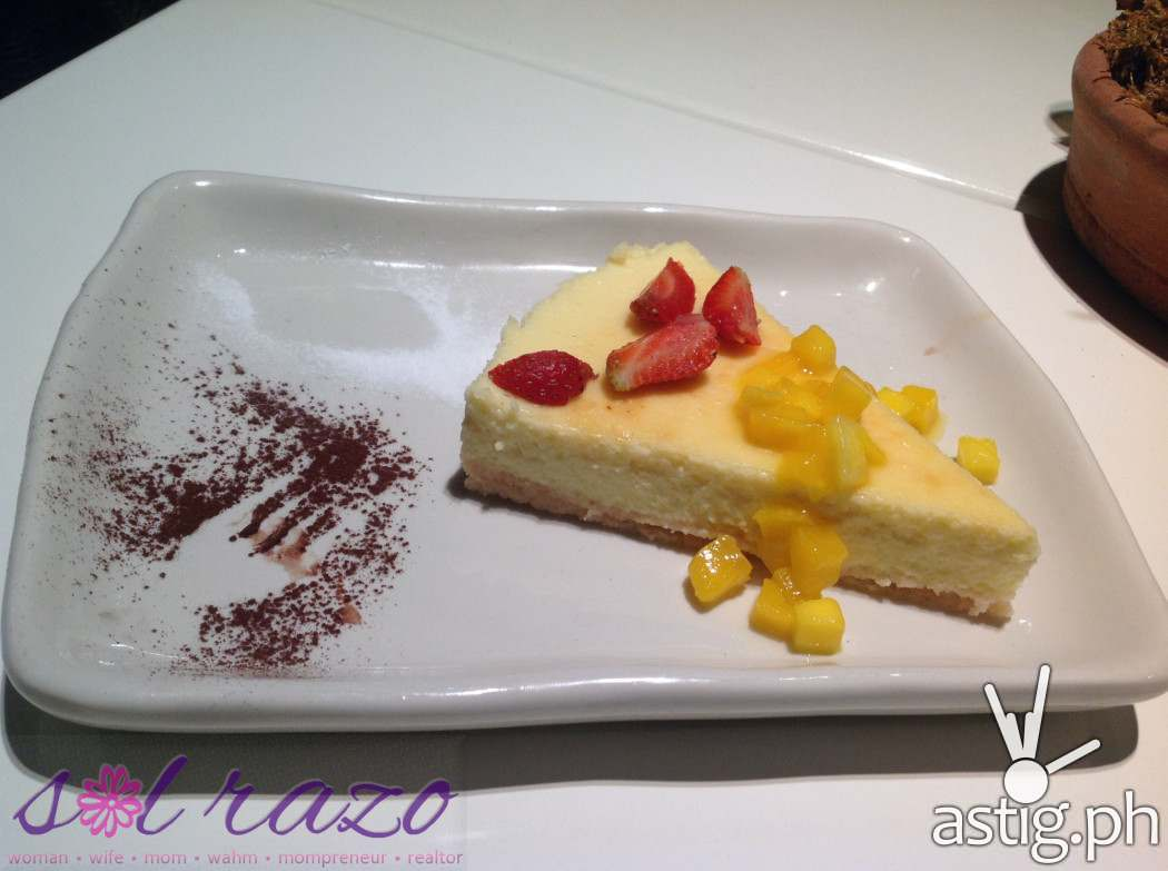 Rustique Kitchen Quesong Puti Cheesecake