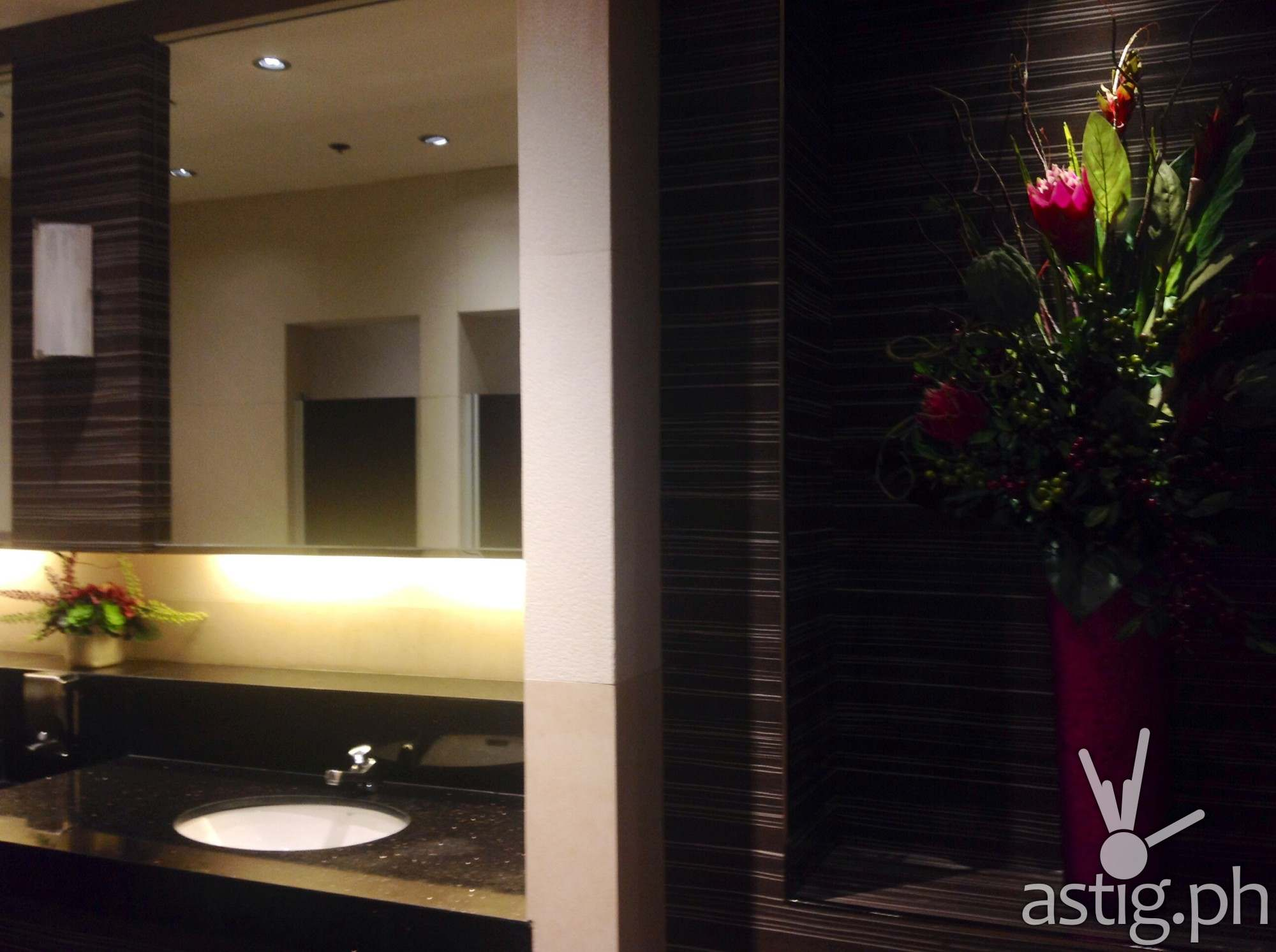 Hotel-like restrooms are the norm at the New Promenade mall in Greenhills