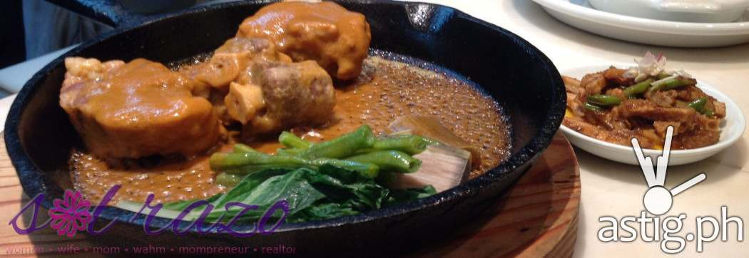 Bruce Lim's Rustique Kitchen Sizzling Oxtail Kare-Kare