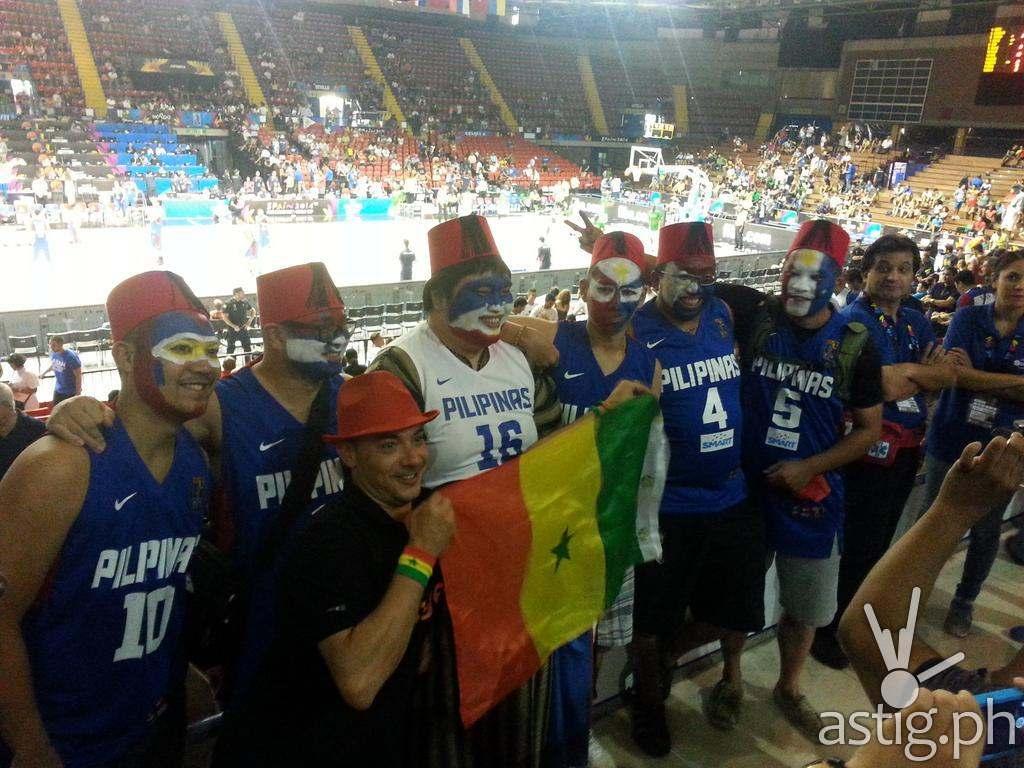 Gilas fans dressed in Senegal costumes (Dennis Gasgonia @dggasgo on Twitter)