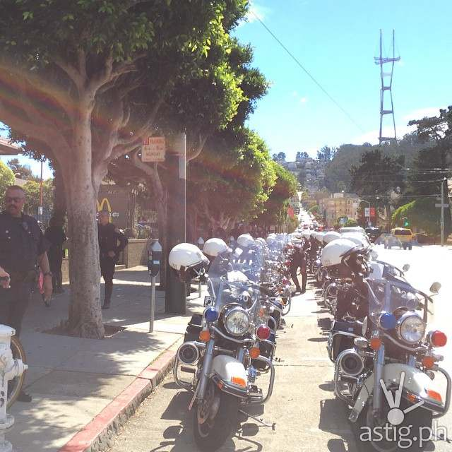 http://astig.ph/wp-content/uploads/2014/09/Over-20-police-motorcycles-are-shown-here-lined-up-to-escort-President-PNoy-during-his-visit-to-McDonalds-Haight.jpg