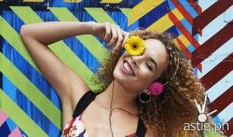 Philips Strada headphone giveaway