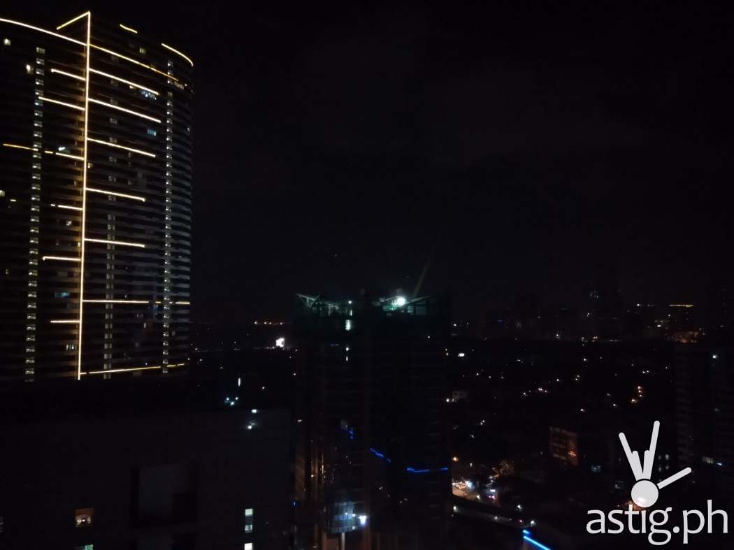 Xiaomi RedMi 1S camera test photo: night time shot hand-held twilight mode