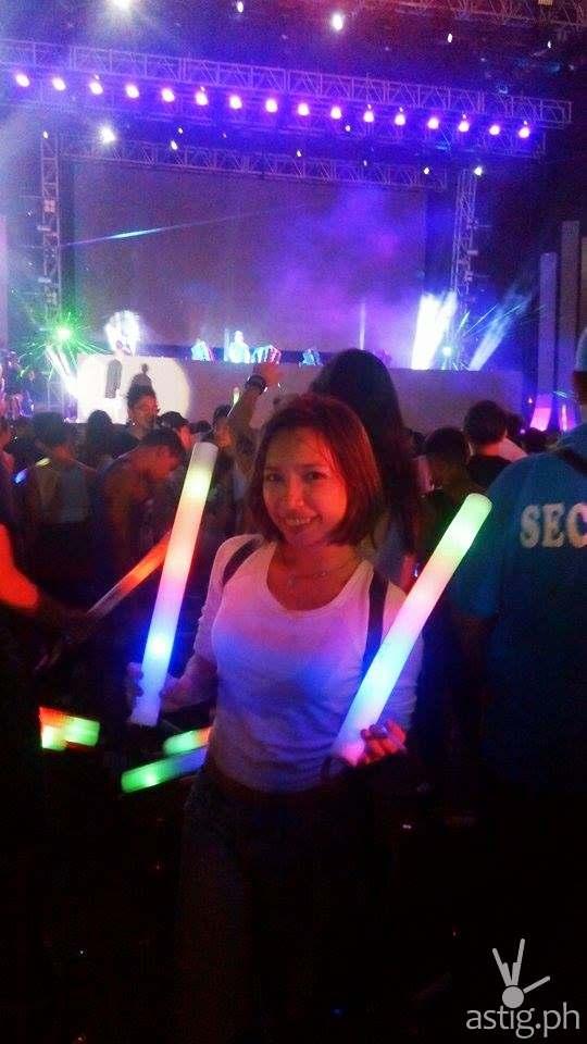 Love these rainbow glowsticks!