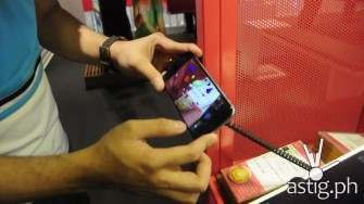 Augmented reality app at the Globe GEN3 store in SM North EDSA