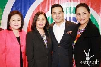 John Lloyd Cruz chooses to stay 'Kapamilya', renews contract