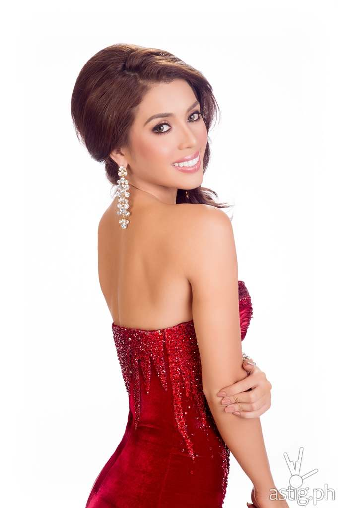 Mary Jean Lastimosa, Miss Philippines 2014 poses is her evening gown upon arriving to Trump National Doral MiamI. The 63rd Annual MISS UNIVERSE® Pageant contestants are touring, filming, rehearsing and preparing to compete for the DIC Crown in Doral-Miami. Tune in to the NBC telecast at 8:00 PM ET on January 25, 2015 live from the FIU Arena to see who will become the 63rd Miss Universe. HO/Miss Universe Organization L.P., LLLP