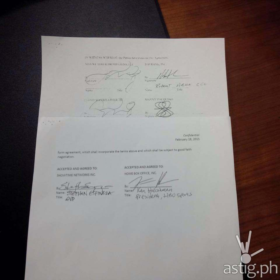 Mayweather vs Pacquiao fight contract showing signatures of all both fighters including HBO Sports and Showtime Sports executives