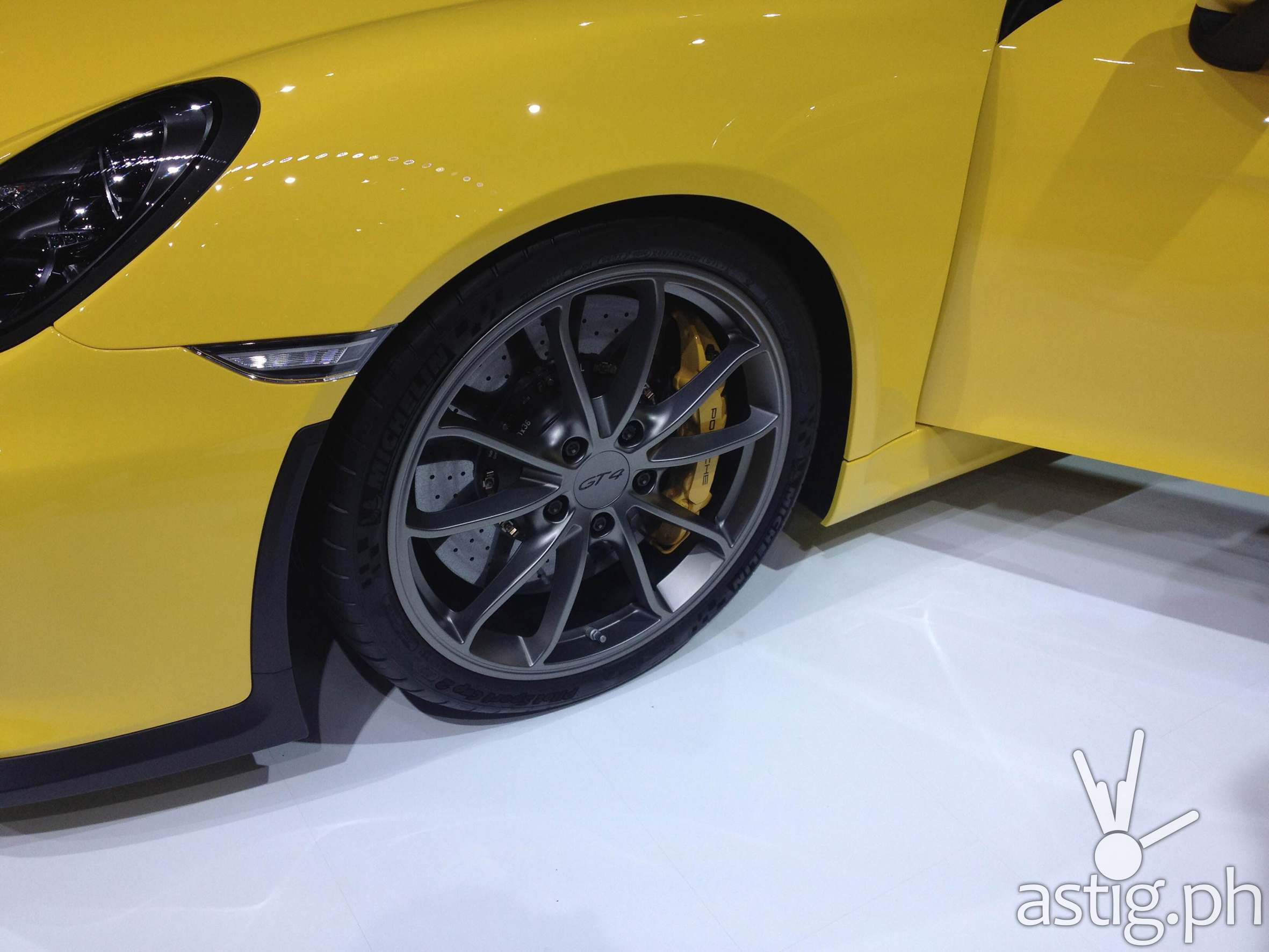 Michelin Cayman GT4 Closeup