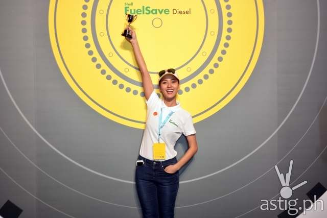 Bianca Gonzalez celebrates her win at Shell FuelSave Fact or Fiction Driving Challenge