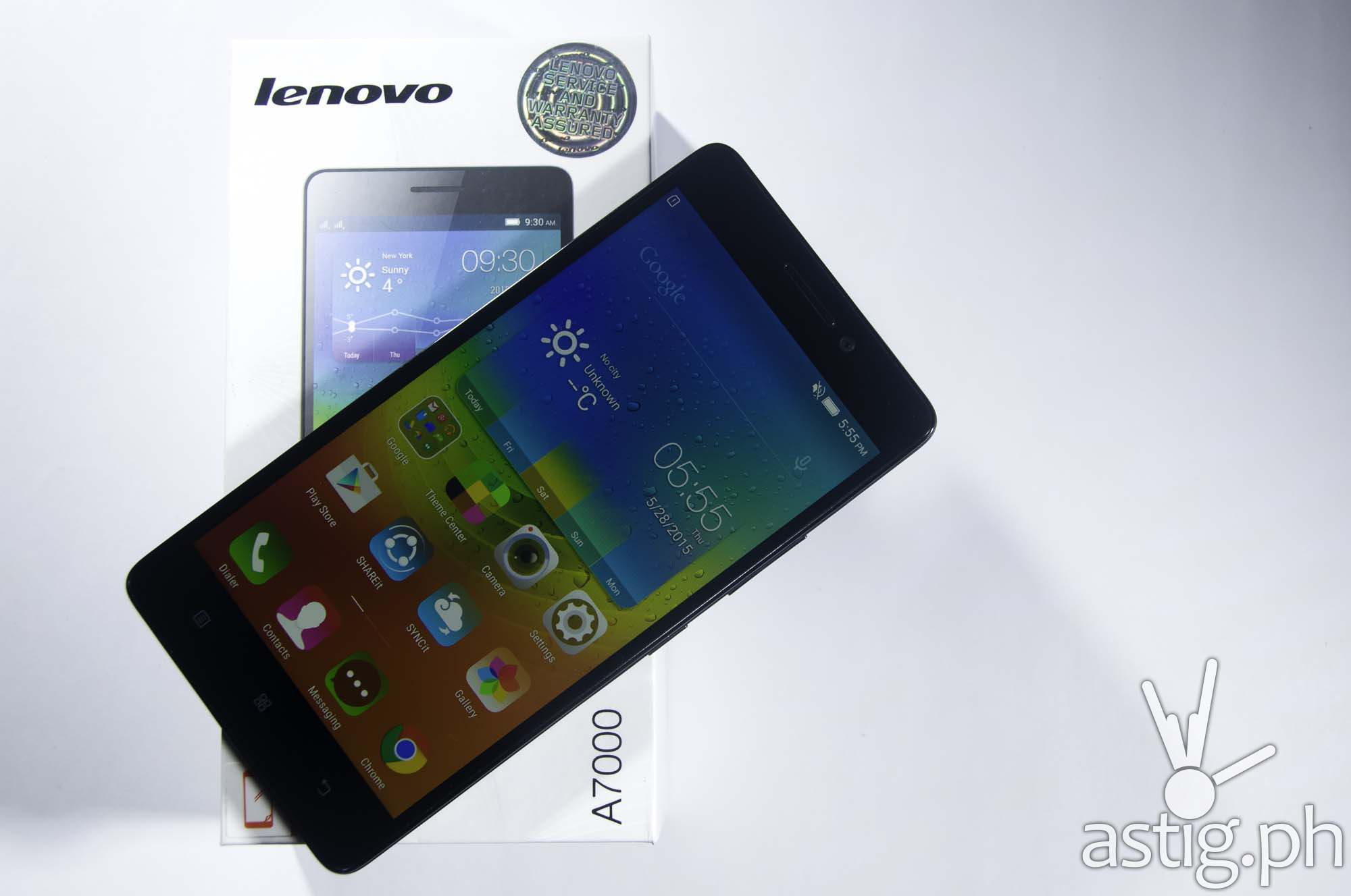 The Lenovo A7000 comes with a vivid 5.5 inch display