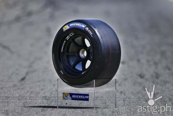 MICHELIN Formula Renault 2.0 racing tire