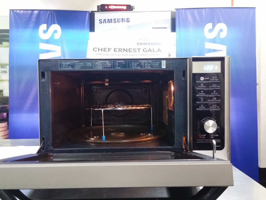 The Samsung Smart Oven is a 2-in-1 device allowing you to microwave AND grill at the same time