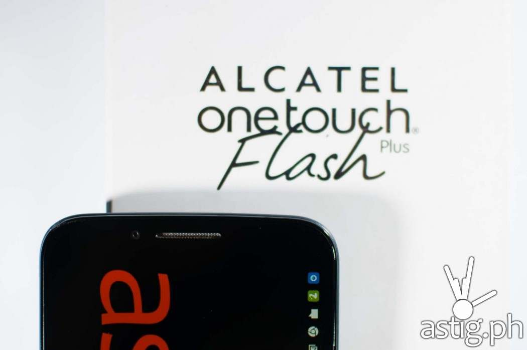 The Alcatel ONETOUCH Flash Plus comes with an 8 MP front-facing (selfie) camera