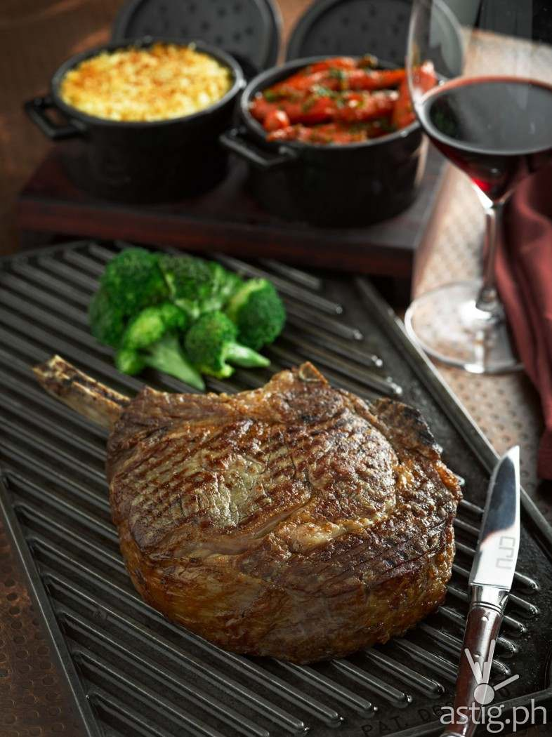 Executive Chef Meik Brammer recommends Cru's signature specialty the manly 900 grams steak