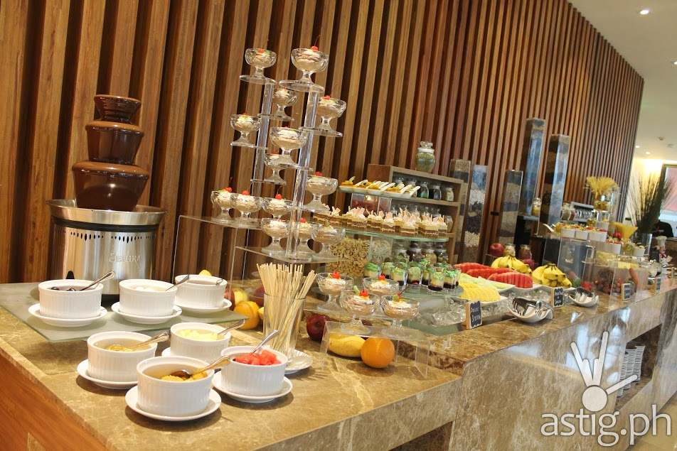 Desserts and Sweets as Far As the Eye Can See at City Garden Grand Hotel Makati Spice Cafe