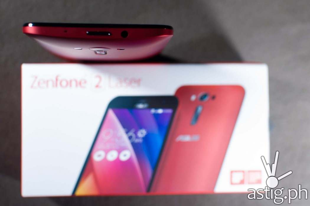 ASUS Zenfone 2 Laser (ZE550KL) smartphone Glamour Red - top view