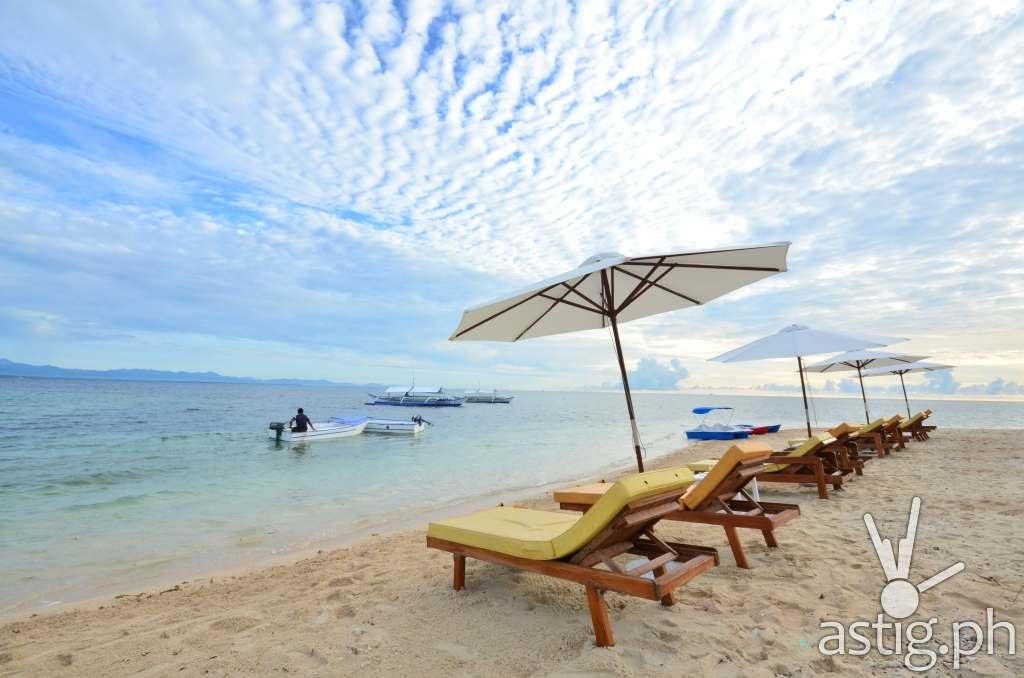 Arena Island Palawan beachfront