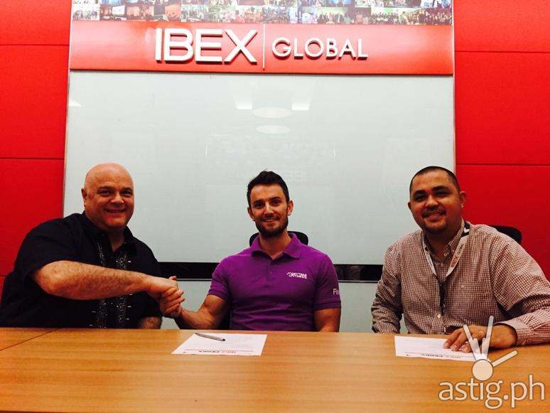 (L to R IBEX Global Senior VP and General Manager of Philippine Operations Eric Kaufman, Anytime Fitness Director Johannes Raadsma and IBEX Global VP Sales and Marketing – Asia Pacific Ian Zafra)
