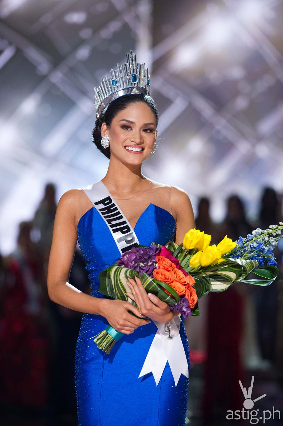 Pia Alonzo Wurtzbach, Miss Philippines 2015 is crowned the winner at the conclusion of The 2015 MISS UNIVERSE® Telecast airing live from Planet Hollywood Resort & Casino on FOX Sunday, December 20. HO/The Miss Universe Organization