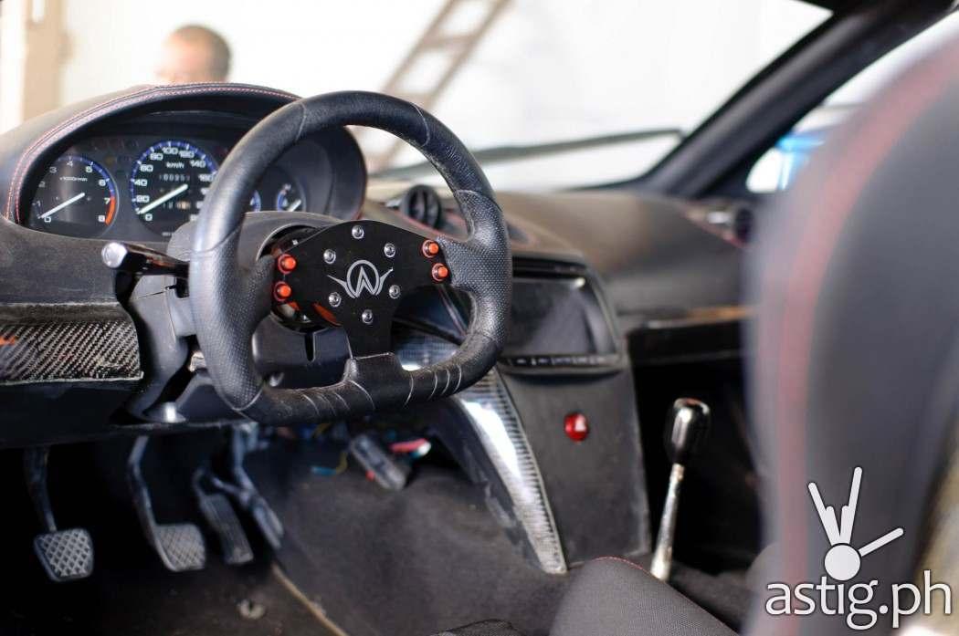 Aurelio car interior photo