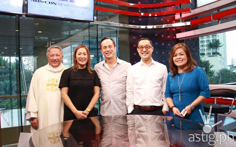 L-R Fr. Tito Caluag, Cilette Liboro-Co, Eugenio Lopez III, new ABS-CBN President and CEO Carlo Katigbak and ABS-CBN News head Ging Reyes at the studio blessing