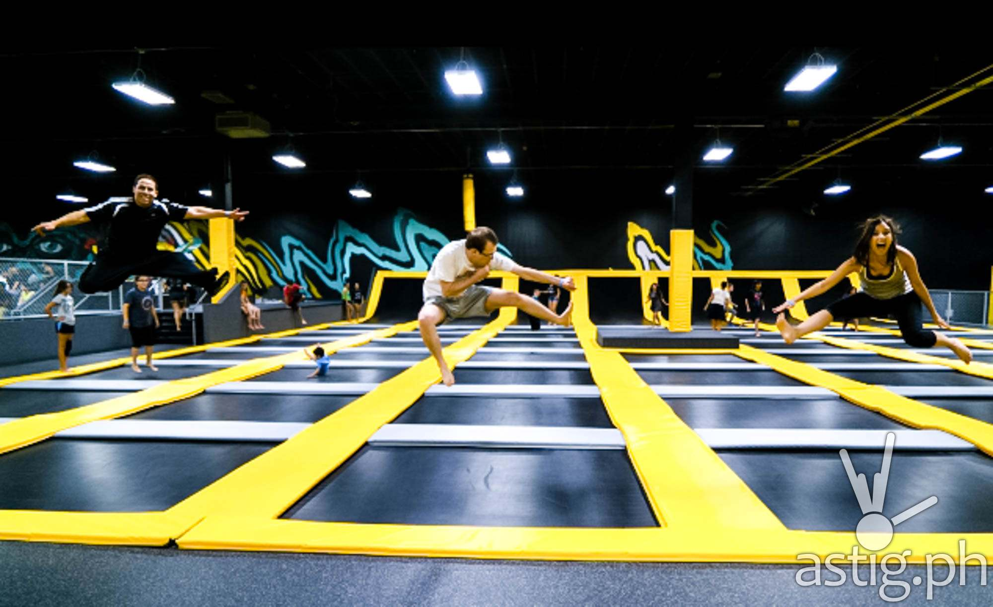Trampoline Park: Philippines' first flying adventure to open in Mandaluyong [video] - ASTIG.PH