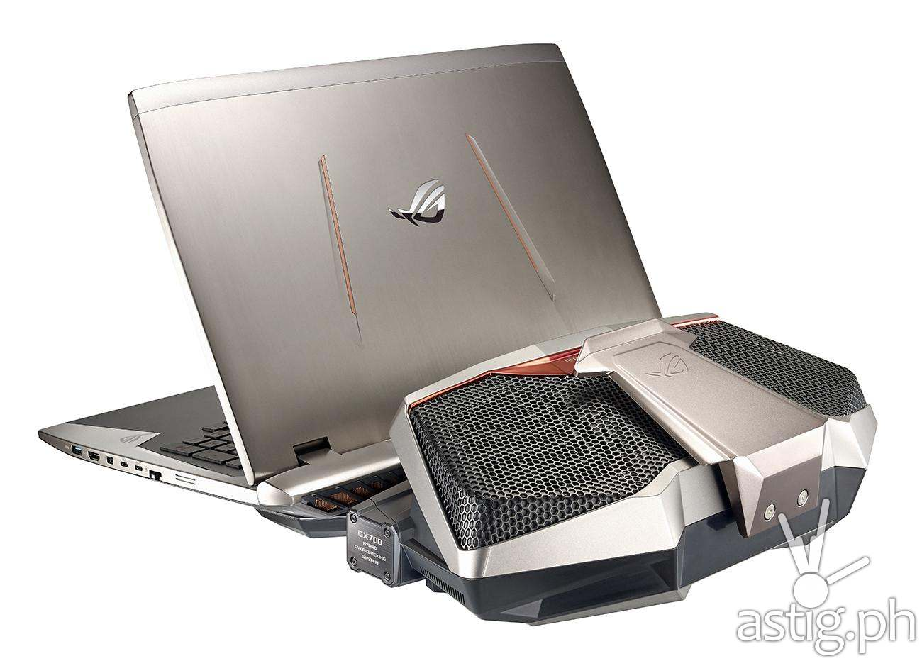 ASUS ROG GX700 water cooled gaming laptop