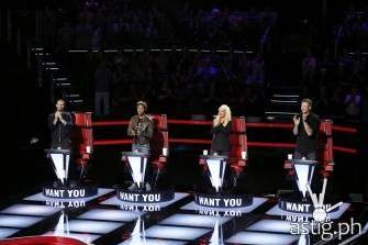 Cristina Aguilera returns as judge on The Voice Season 10