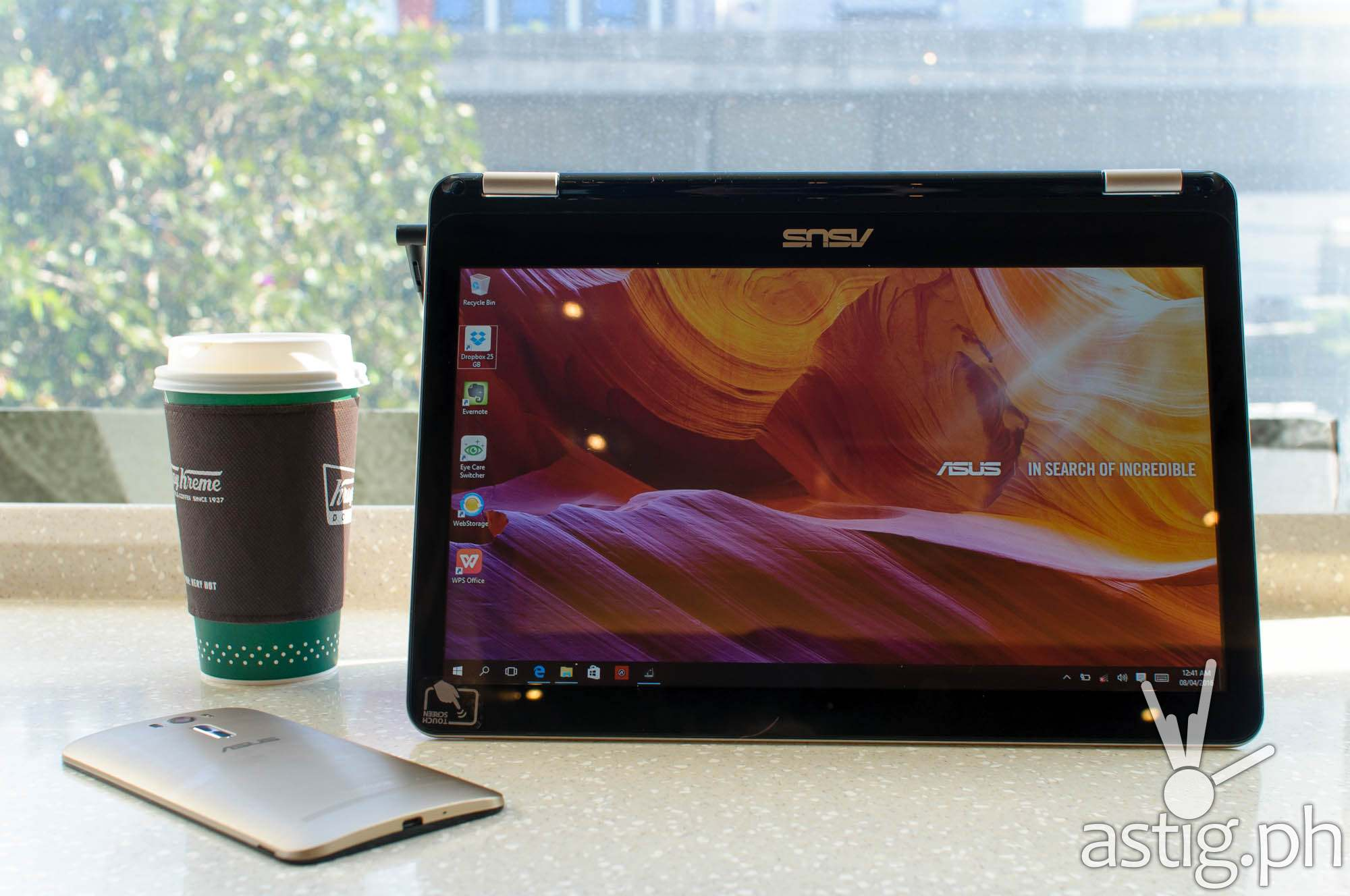ASUS Vivobook Flip - tent mode
