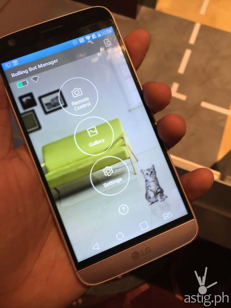 You can control the rolling bot using from your smartphone!