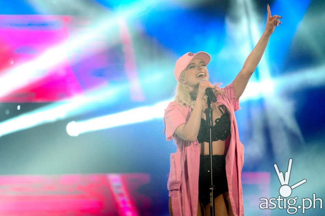 Bebe Rexha performs at MTV Music Evolution Manila 2016 on 24 Jun Pic 6 (Credit-MTV Asia & Kristian Dowling)
