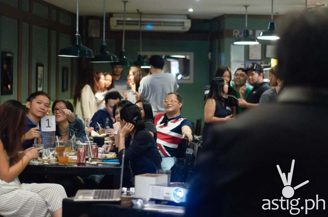 Bloggers rack their brains to answer 8 challenging rounds of trivia questions