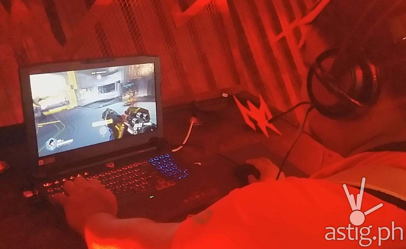 Predator gaming system pic j