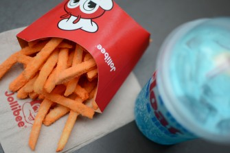 Jolly Crispy Flavored Fries & Fruity Floats combo