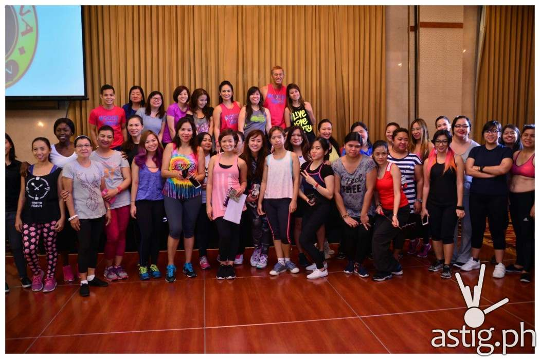 Zumba instructors Regine Tolentino, Martin Canate and Chin Sonesing with Jeunesse Anion's media friend for the private Zumba event