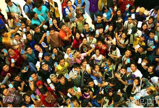 The first Pokemon GO lure party in the Philippines held at the SM Mall of Asia