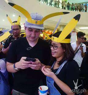 Pokemon GO Players at SM Mall of Asia lure party