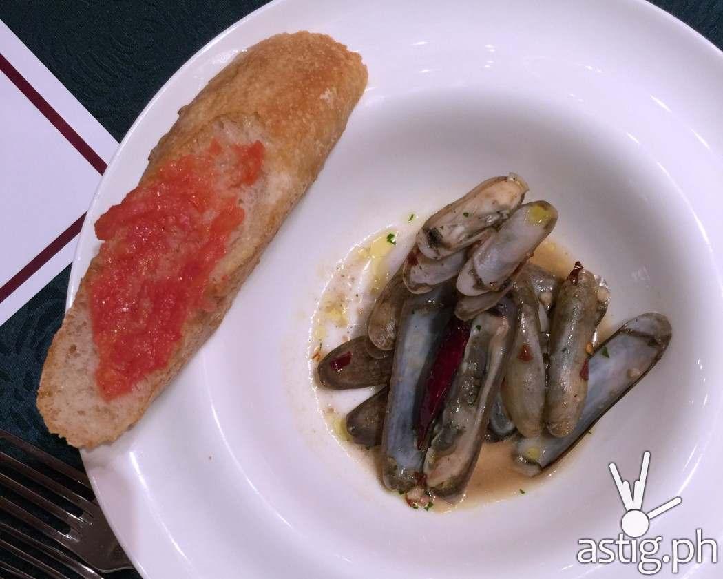 razor-clam