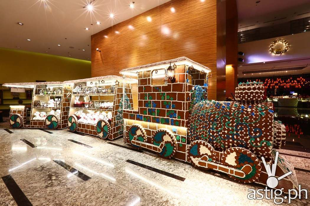 The life-size ginger bread train is parked at the hotel lobby and is loaded with all sorts of decadent holiday treats!