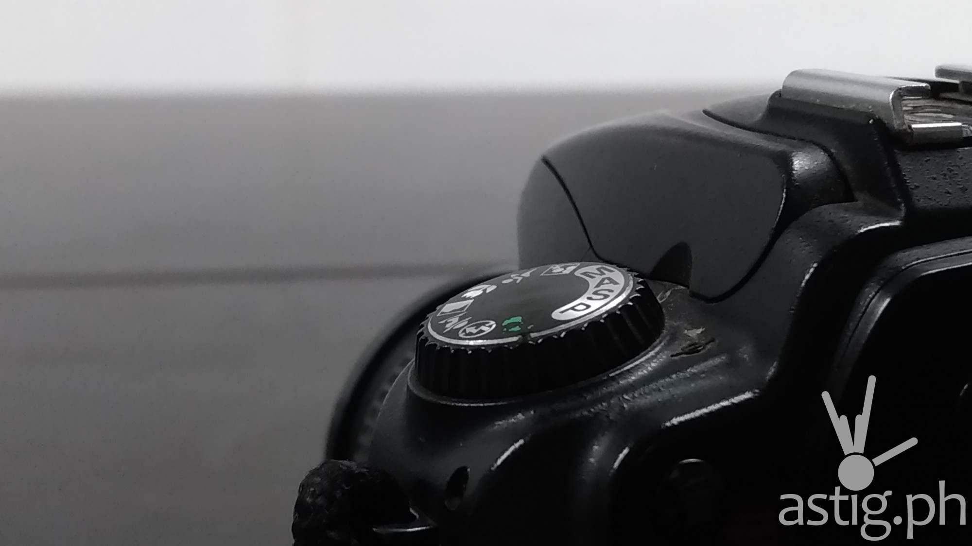 ASUS Zenfone 3 Zoom sample HDR macro (RAW unedited)