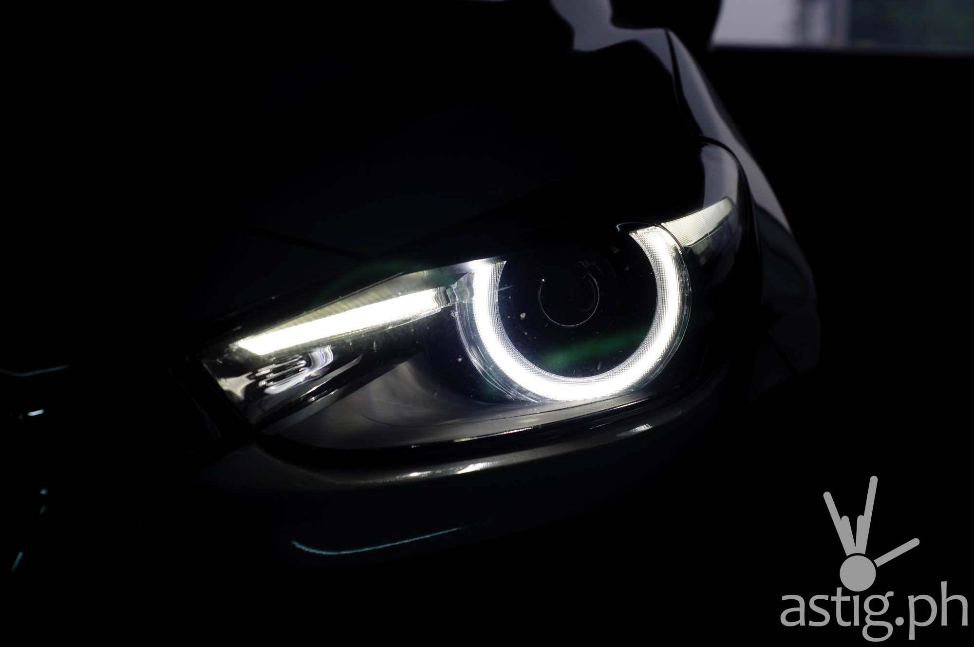 LED angel eye headlights - Mazda3 2.0 Sedan 2017 Skyactiv-R