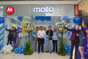 Moto opens concept stores in SM North EDSA & Megamall