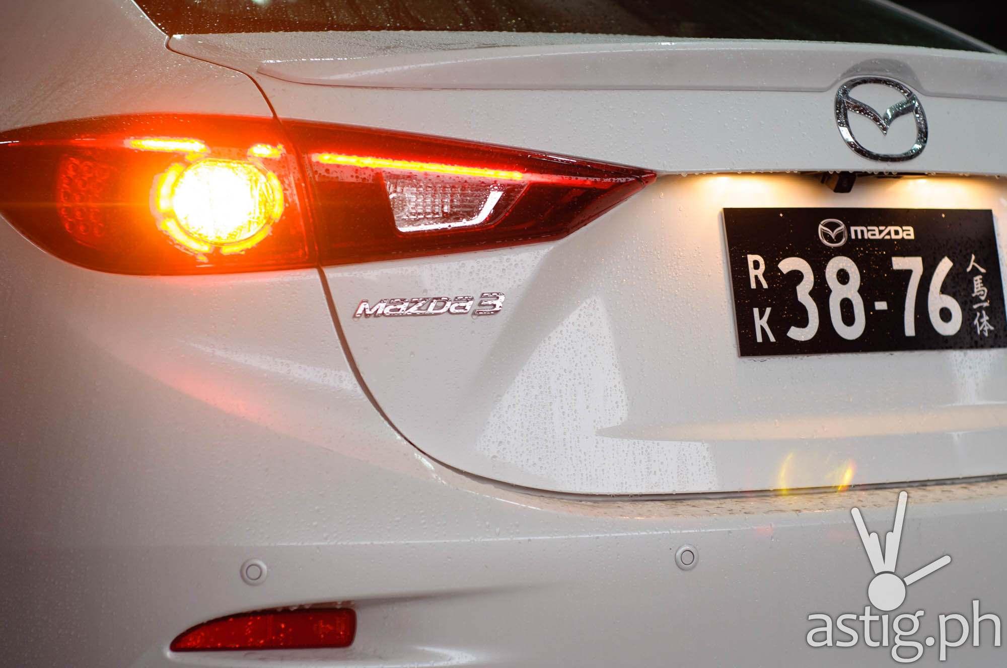 Rear headlights - Mazda3 2.0 Sedan 2017 Skyactiv-R (69)