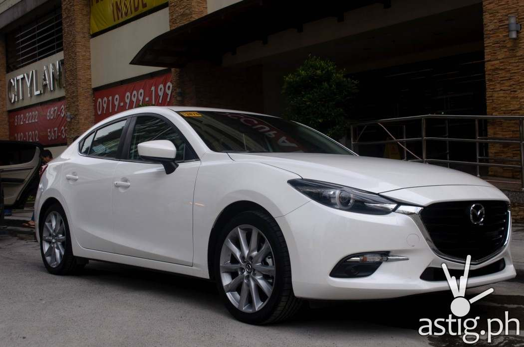 http://astig.ph/wp-content/uploads/2017/01/Strong-yet-refined-aesthetics-the-Mazda3-sedan-sure-is-a-looker-1050x697.jpg